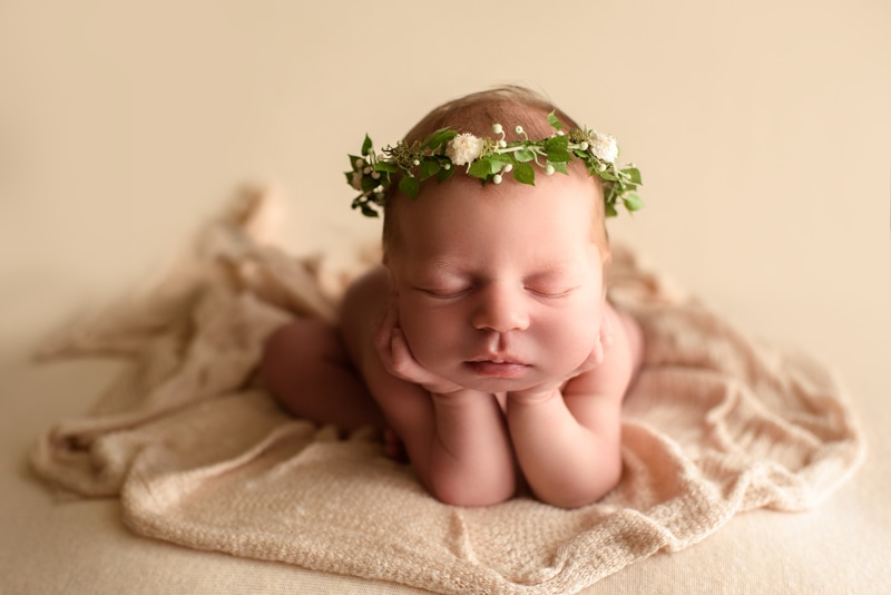 Bay Area Newborn Photography, baby with head propped up on hands
